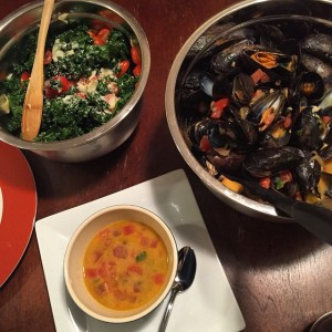 Mussels and kale salad